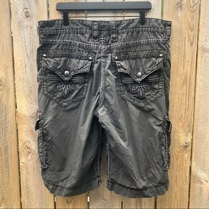 🌻Rock Revival | Classic Cargo Shorts Size 38